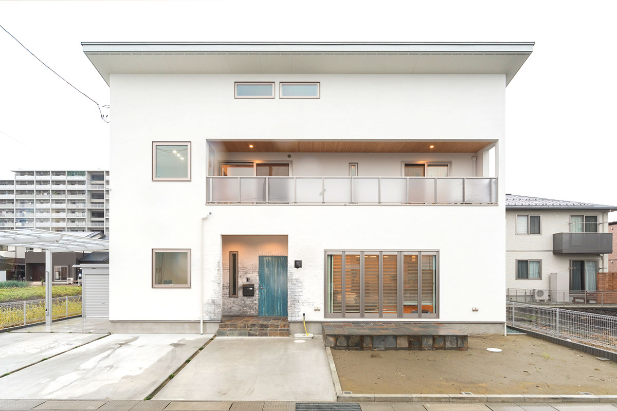 NEW HOUSE 01